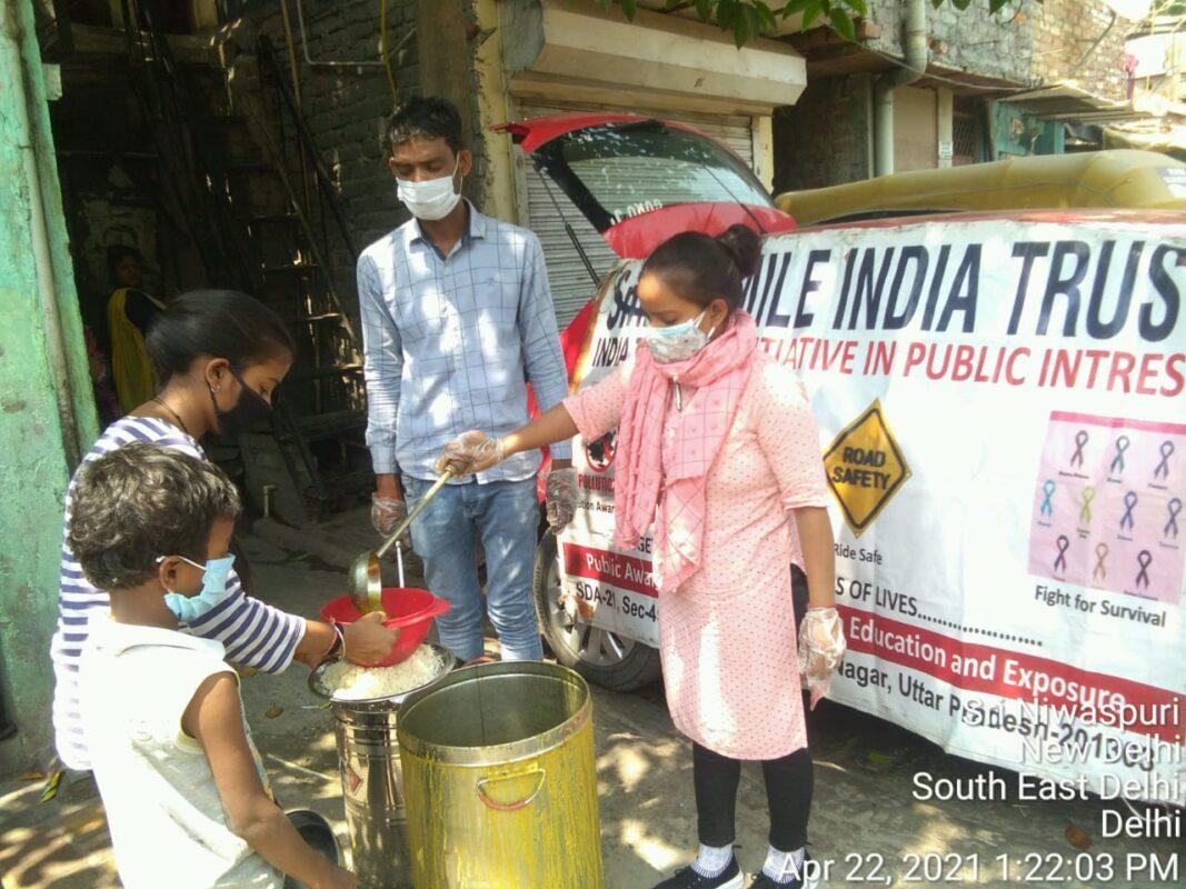 Smile-India-Trust-Food0Distribution